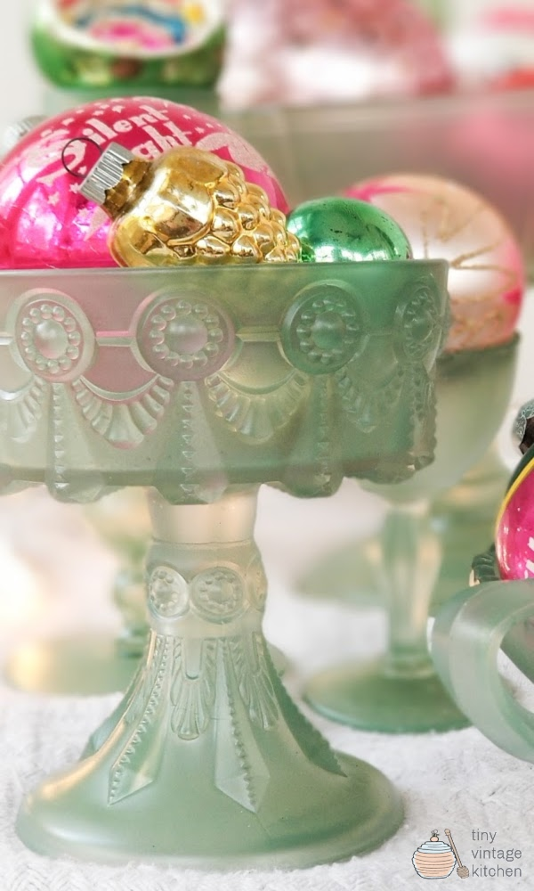 Vintage Inspired Christmas Crafts