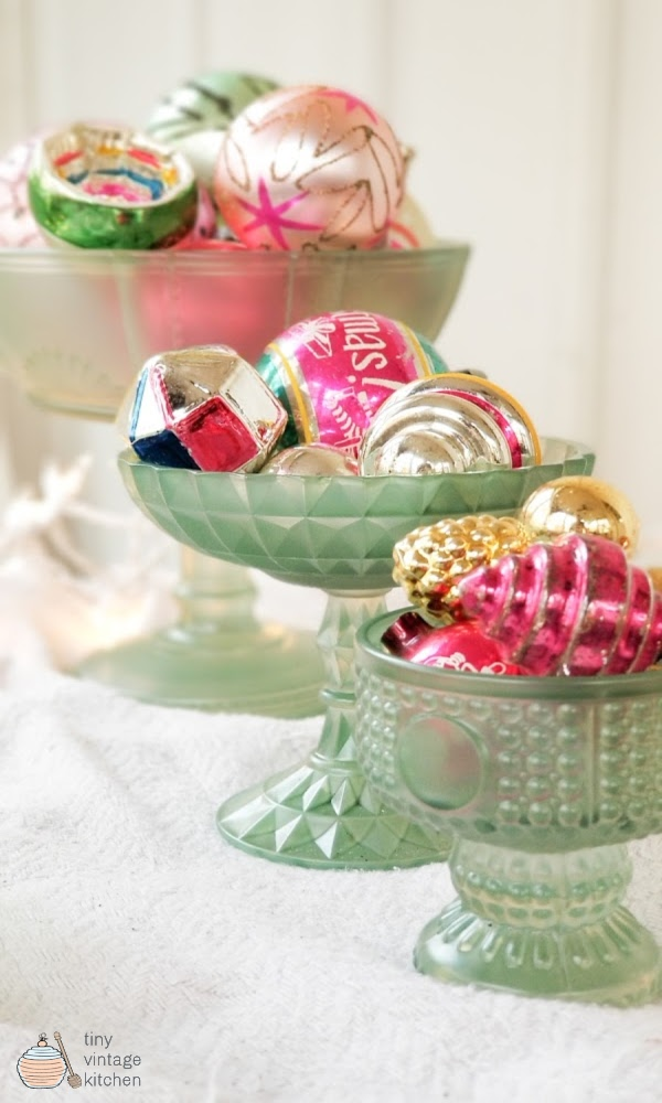 DIY Christmas Ornament Display