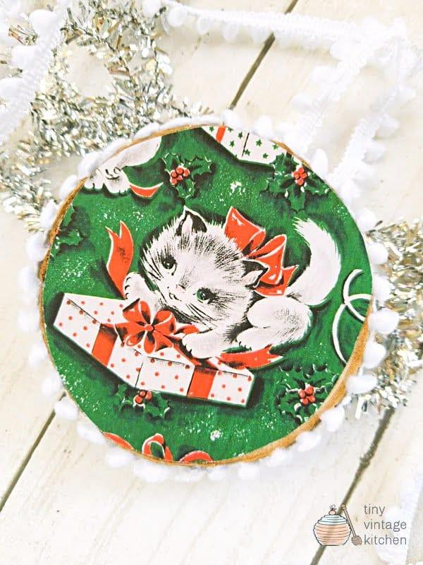 Vintage Christmas Wood Slice Christmas Ornaments